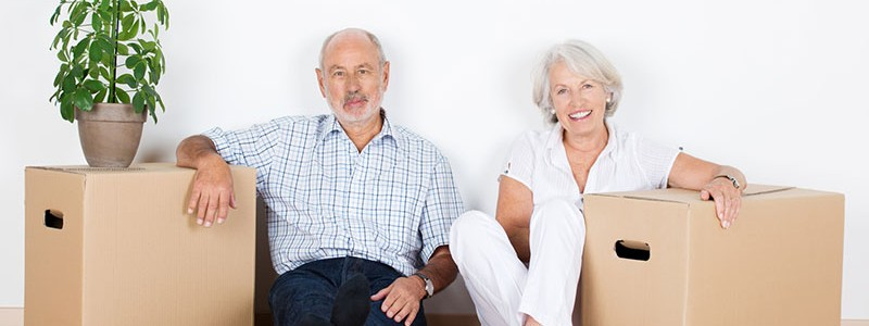 old couple preparing for a household relocation